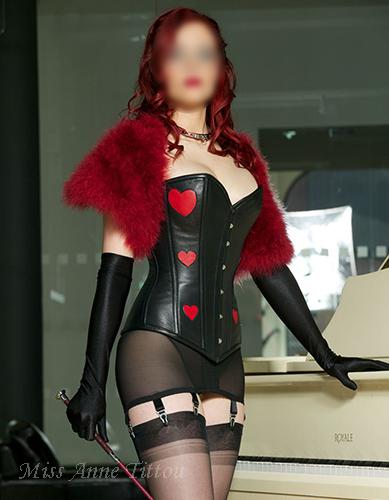 london-mistress-anne-tittou