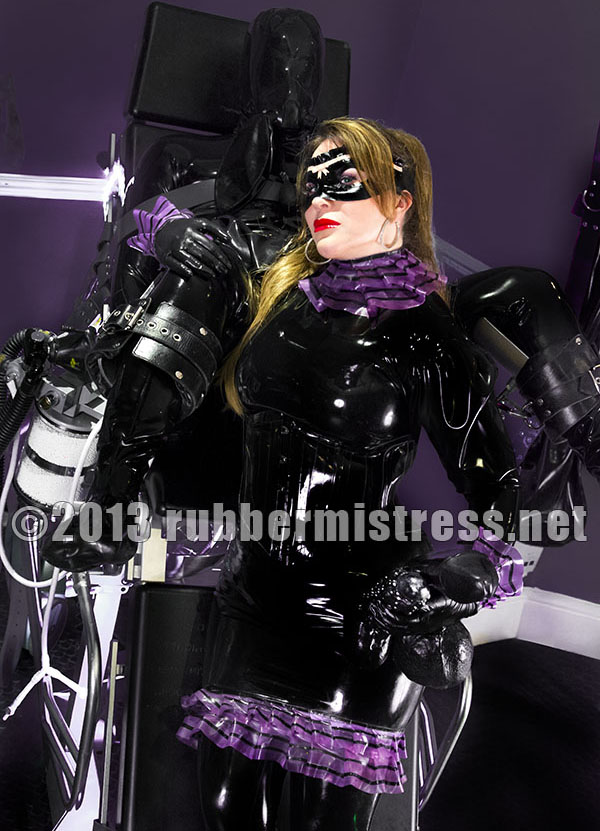 London-Rubber-Mistress