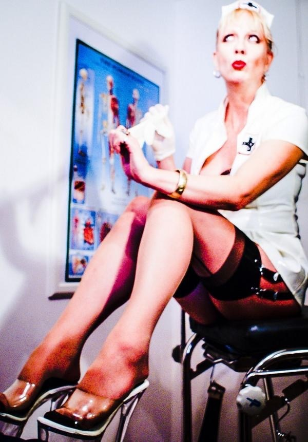 Mistress-Fabula-Kinky-Klinic-London-Medical