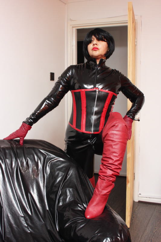 South-Birmingham-Mistresses-Madame-Rubber