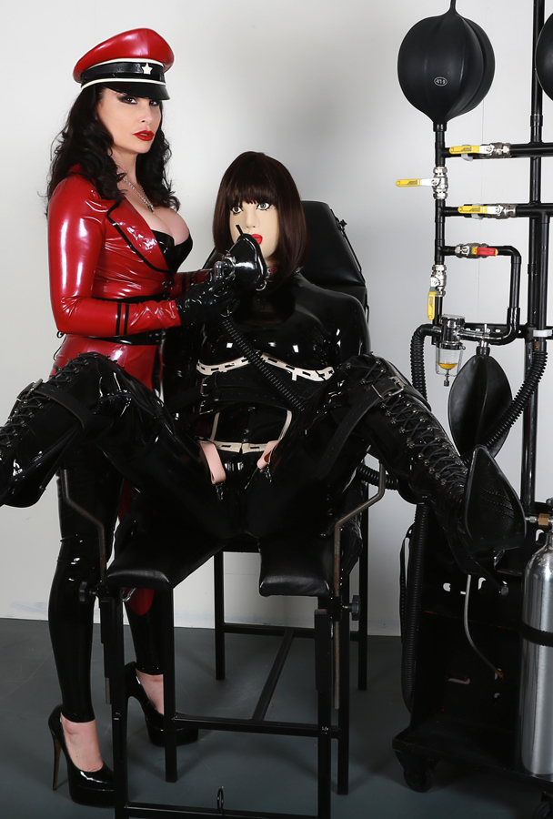Rubber domination uk