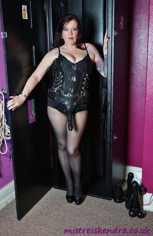 dominatrix femdom guide