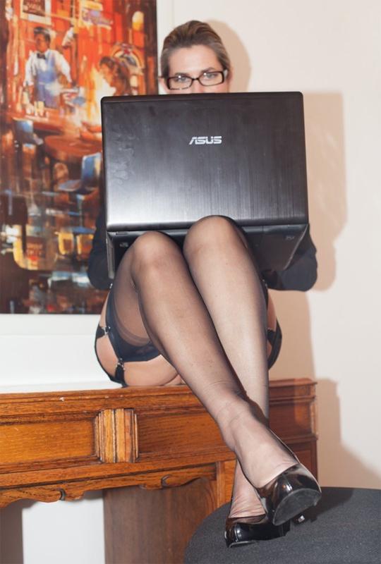 find a foot mistress